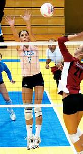 UCLA women's volleyball falls to USC in five sets   Daily ...