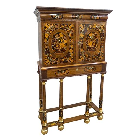 Cabinet En Anglais cabinet anglais fin xviie si 232 cle n 51832