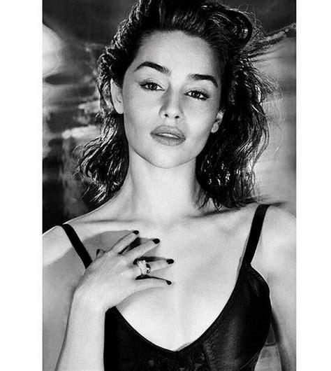 Η Emilia Clarke είναι η πιο σέξι γυναίκα στον κόσμο