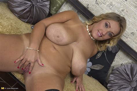 clothed overweight mom unleashes massive saggy boobs for nipple play