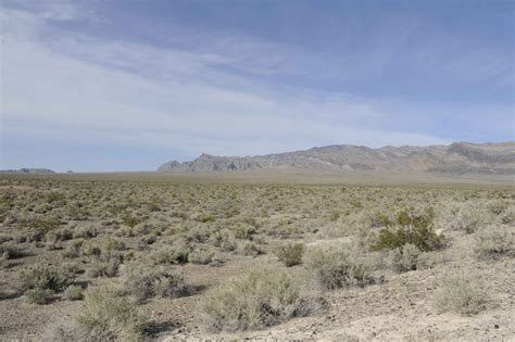 desert landscap a scenic view of the desert landscape on the desert free images at clker com vector clip art