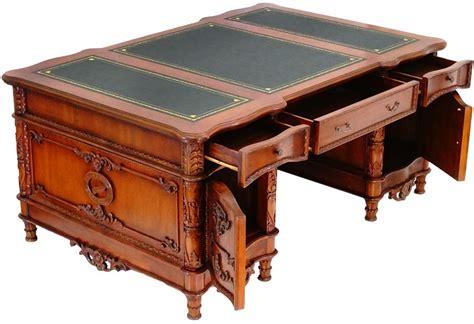 bureau style victorien bureau ambassadeur style anglais acajou caister meuble