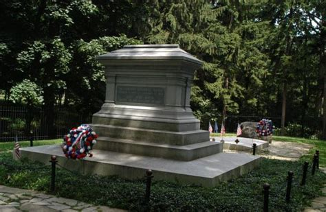 President Rutherford B. Hayes Grave - Sandusky County, Ohio