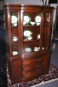 Duncan Phyfe China Cabinet 1940 by Mahogany Duncan Phyfe Bow Front China Cabinet For Sale