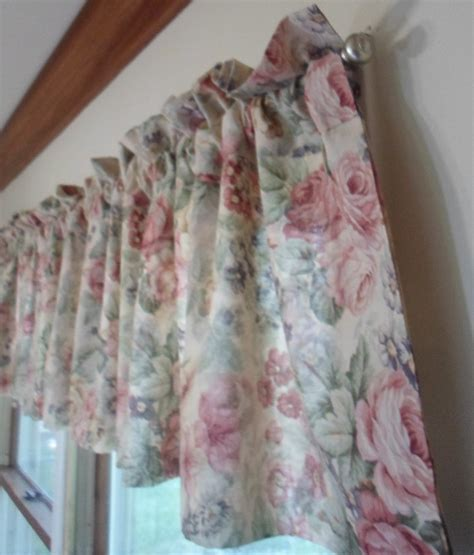 vintage shabby chic curtains vintage shabby cabbage roses cottage chic ruffled curtains valances 85 quot x19 quot x 2 ebay