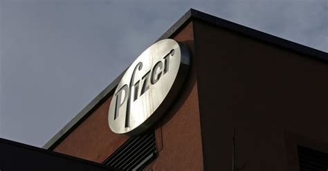 Pfizer is the world's premier biopharmaceutical company engaging in the business of discovering at pfizer, we apply science and our global resources to bring therapies to people that can help extend. What we (don't) know about Pfizer's Operation Warp Speed deal — Quartz