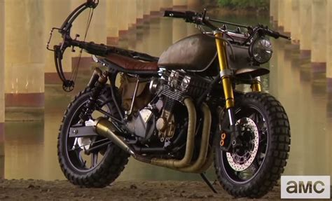 Exploring Daryl's New Bike In The Walking Dead Season 5