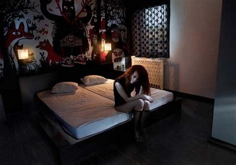 17 Best Ideas About Emo Bedroom On Pinterest