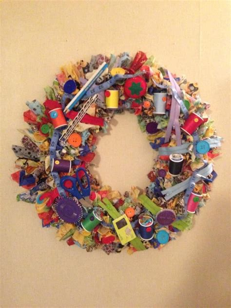 sewing wreath    making  wreath crafts