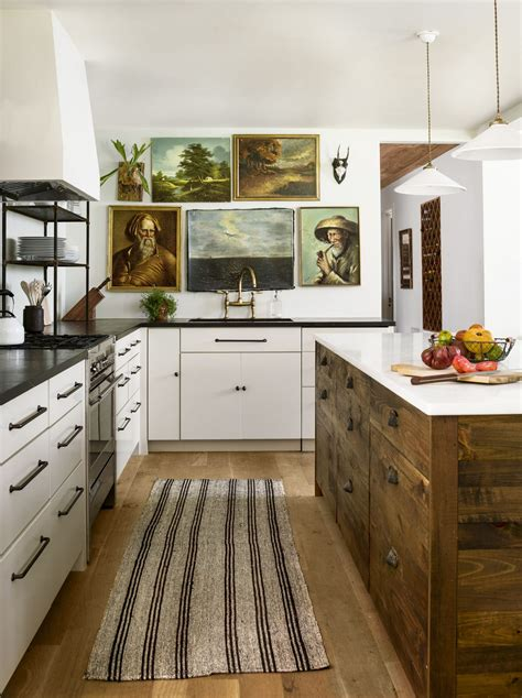This theme will work well with a home coffee bar so your kitchen really reflects that. Coffee themed Kitchen Decor | arte home design