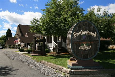 Bww Reviews Brotherhood Winery In The Hudson Valley