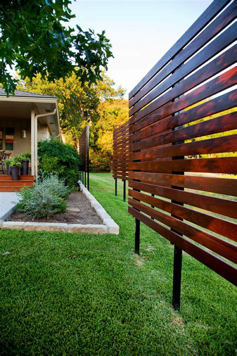 Backyard Privacy Screen by Can This Type Of Privacy Screen Be Built In Your Front