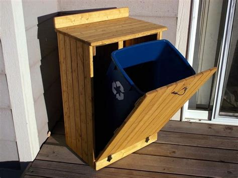 wooden trash  cover plans woodworking projects plans