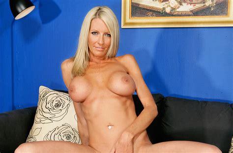 Pornstar Emma Starr Videos Naughty America Xxx In Hd Vr And 4k Page 2