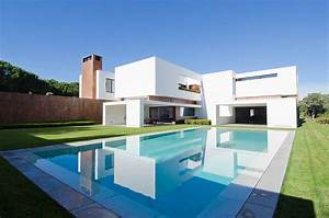 Modern House for Sale in Madrid