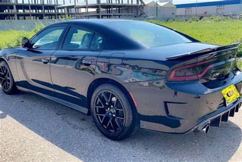 The following is a list of current and past production automobiles (including pickup trucks, suvs, and vans) carrying the dodge brand name. Dodge Charger, 2017, هەولێر, ناوشار