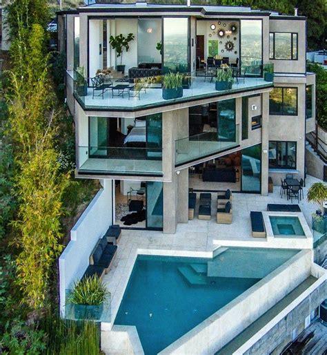 minecraft youtuber captainsparklez buys multi million pound mansion  hollywood