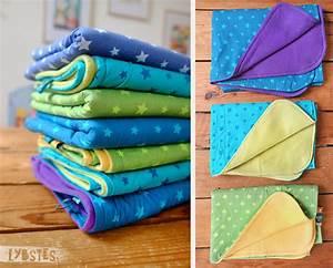 Babydecke Selber Machen : kuschelige babydecken mit sternen in allen regenbogenfarben lybstes ~ Frokenaadalensverden.com Haus und Dekorationen