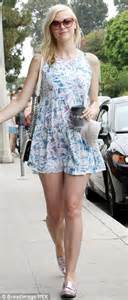 Shrinking Jaime King shows off her slender legs and 'thigh ...