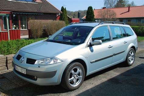 Renault Megane 2004 by Renault Megane 1 6 2004 Auto Images And Specification