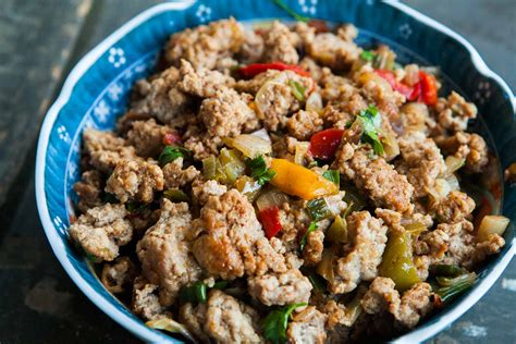 ground recipies mom s ground turkey and peppers recipe simplyrecipes com