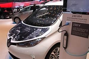 Renault Zoe Autonomie : renault zo 240 km d autonomie gr ce au nouveau moteur ~ Medecine-chirurgie-esthetiques.com Avis de Voitures