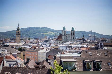 Die stadt linz im internet. 8 Reasons to Visit Linz and Upper Austria | Travelettes