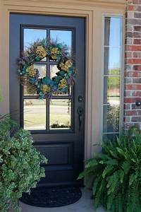 Furniture: Extraordinary Grey Front Porch Decoration Using