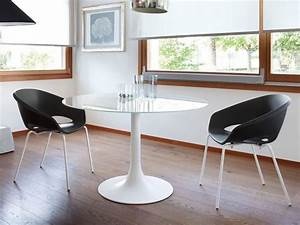 Plateau En Verre Rond : corona 120 table ronde domitalia en acier plateau en mdf ~ Teatrodelosmanantiales.com Idées de Décoration