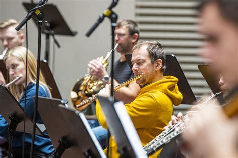 Liepājas Simfoniskais orķestris ieraksta Imanta Kalniņa ...