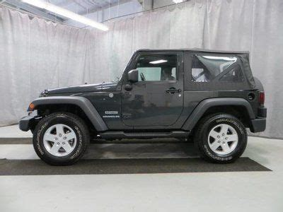 Hibious Four Wheel Drive Convertible by Sell Used Sport Convertible 3 8l Cd 4x4 Four Wheel Drive