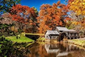 Blue Ridge Parkway – Mabry Mill and Tunnel Matthew