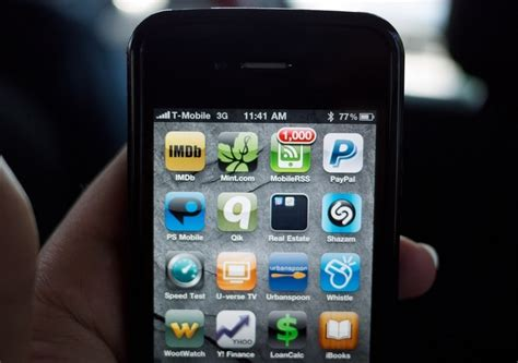 unlock iphone 4 at t at t stops iphone unlocking without valid account and