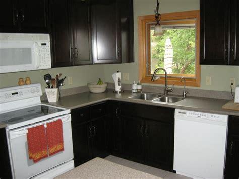 practical designs for small kitchens distribucion en l ideas de lujo para cocinas pr 225 cticas 7569