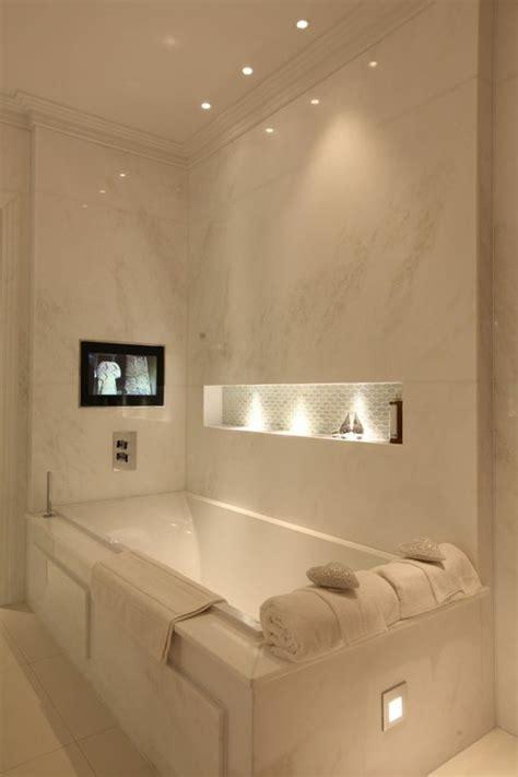 spot dans salle de bain comment choisir le luminaire pour salle de bain