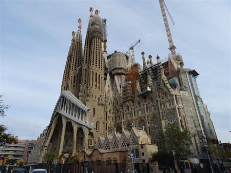 bezoek de sagrada familia  barcelona