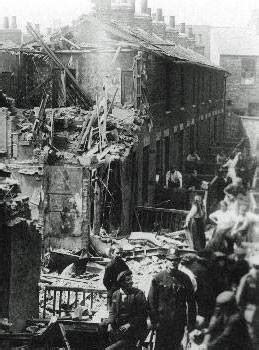 air raids  hull kingston  hull war memorial