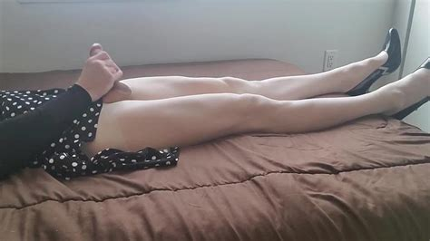 Crossdresser Jerking Off In White Pantyhose And Heels Porn