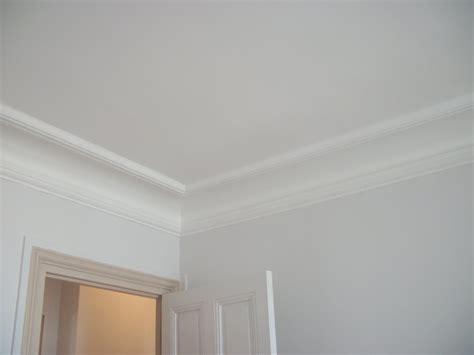 comment insonoriser un plafond comment tapisser un plafond 28 images comment poser un plafond suspendu repeindre un