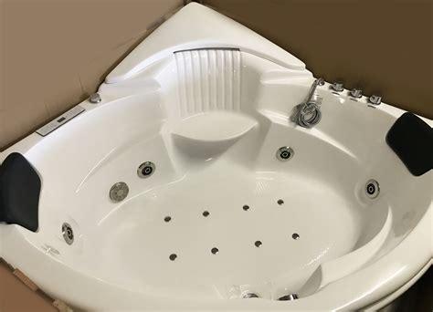 corner jetted bathtubhydromassagewhirlpoolair bubble