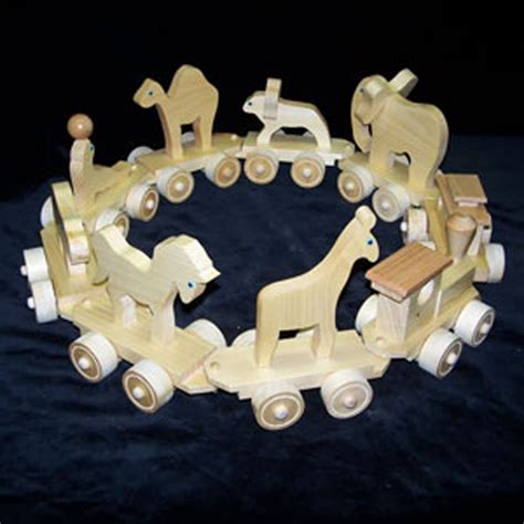 DesignApplause   Handmade wooden circus animal train