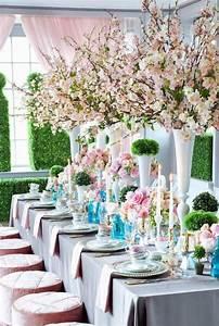 Große Deko Vasen : die besten 25 hohe vasen ideen auf pinterest gro e vasen hochzeit bl tenlose tafelaufs tze ~ Markanthonyermac.com Haus und Dekorationen