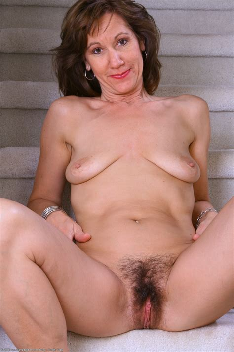 Hairy Mature Alle Pichunter