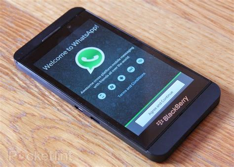 how to whatsapp on blackberry 10 droidopinions