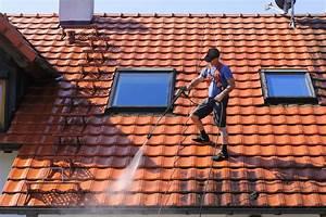 entretien et nettoyage d39une toiture prix moyen devis With nettoyer le toit de sa maison