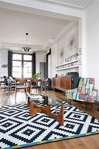 tapis noir et blanc losange idees de decoration With tapis kilim avec ikea canape petit espace
