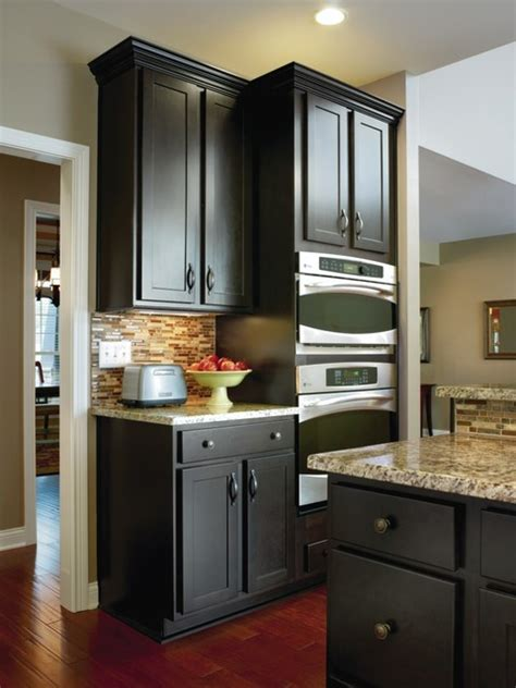 masterbrand cabinets louisville ky aristokraft kitchen cabinets sarsaparilla maple cabinets
