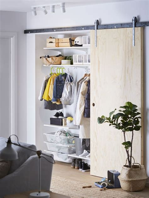 ikea ordnung kleiderschrank die 25 besten ideen zu begehbarer kleiderschrank ikea auf begehbarer schrank