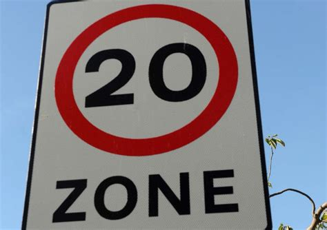Calls for lower speed limit on '˜rat run' road   Banbury ...