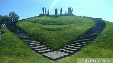 *tiket masuk bukit cinta pemekasan 2021 : Menikmati Wahana Edu Wisata Selamat Pagi Madura di Kota Pamekasan - Gerbang Pulau Madura